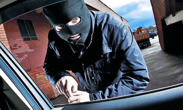 Защита автомобиля с помощью системы видеонаблюдения