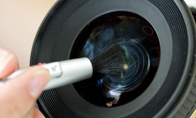 Как правильно чистить камеры видеонаблюдения
