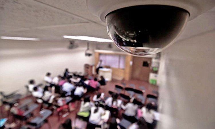 Камеры видеонаблюдения во дворе многоквартирного дома